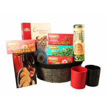 Tea Time Gift basket: Gifts to Finland