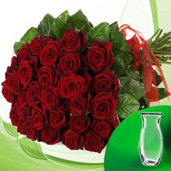 20 Bunch of red roses with vase