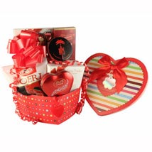 Forever Love - Romantic Gift basket: Send Gift Baskets to Germany