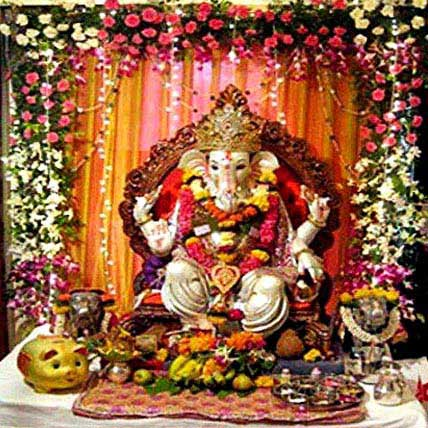 Blissful Ganesh Chaturthi Decoration