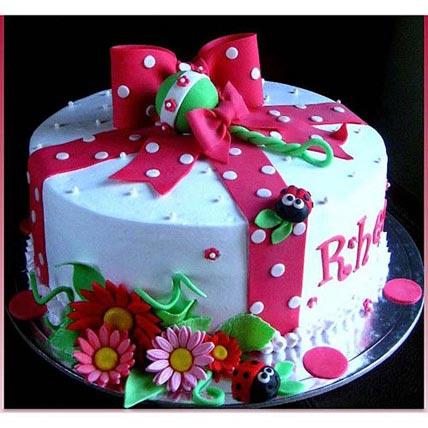 Celebration Cake 2kg Eggless