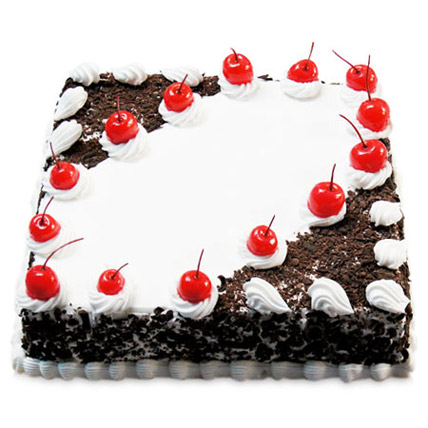 Cherry Blackforest Cake Half kg Eggless