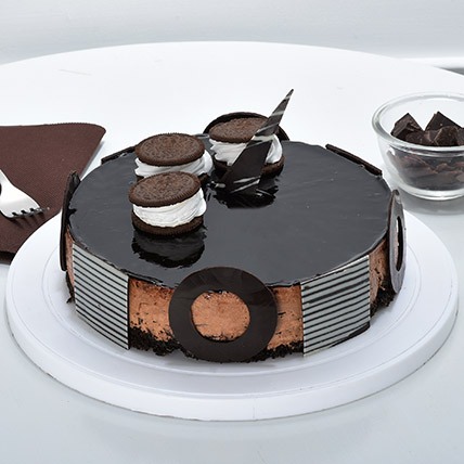 Chocolate Oreo Mousse Cake Half kg Eggless