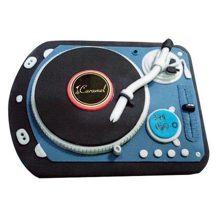 DJ Spin That Cake 2kg Eggless Vanilla