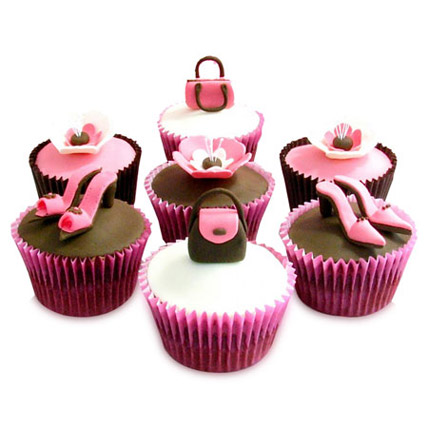 Girlie Special Cupcakes 12 Eggless