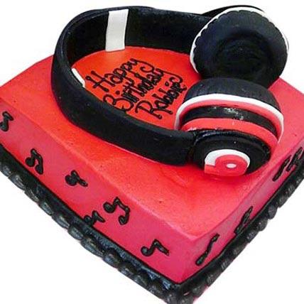 Headphone Shape Cake 2kg Eggless