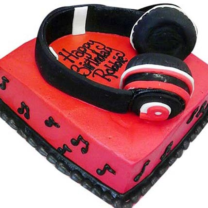 Headphone Shape Cake 4kg Eggless