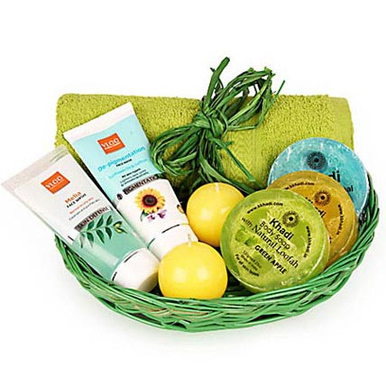 Refreshing Vacation Spa Hamper