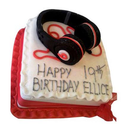Softy Headphone Cake 2kg Eggless