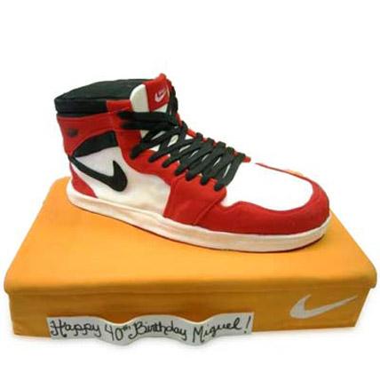 Speedy Nike Shoe Cake 5kg