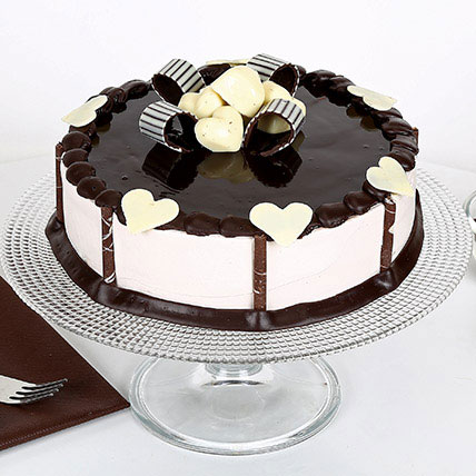 Stellar Chocolate Cake Half kg Eggless