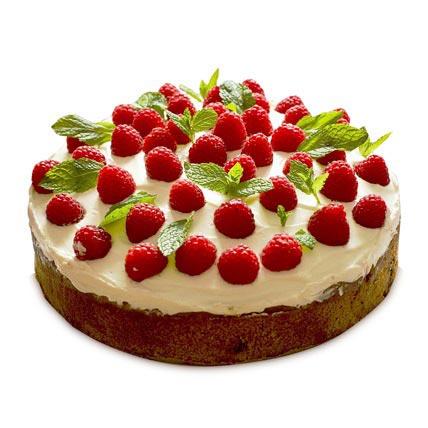 Strawberries Cake 2kg Eggless