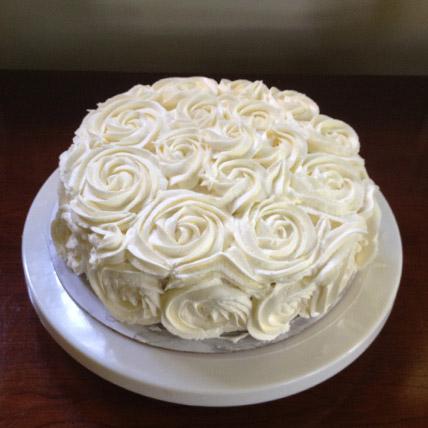 White Rose Cake Half kg Eggless