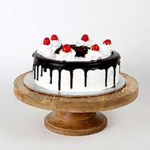 Black Forest Cake: Cakes to Allahabad