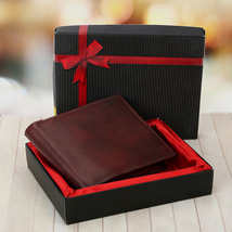 Brown Wallet: Wedding Anniversary Gifts for Parents