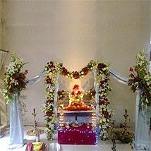 Classic Ganesh Chaturthi Decoration: Ganesh Chaturthi Gifts