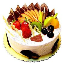 Fresh Fruit Cake: Send Birthday Cakes to Vadodara