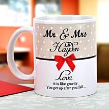 Gravity of love: Send personalised Mugs