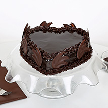 Heart Shape Truffle Cake: Send Heart Shaped Cakes to Ludhiana