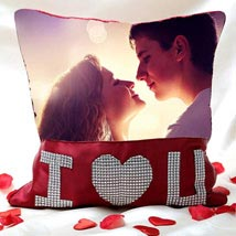 I Love You Personalized Cushion Valentine: Cushions for anniversary