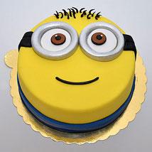 Minion Birthday Cakes Minion Cake Ideas Ferns N Petals