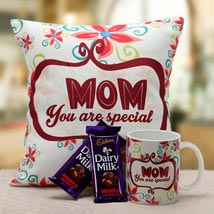 Mom Is Special: Gifts to Srinagar