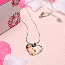 Moms Pretty Necklace: Women Accessory Gifts