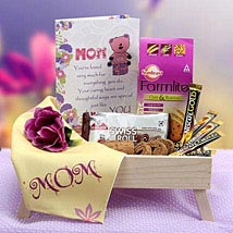 Moms Snack Time: Gift Hampers to Noida