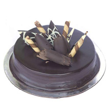 Snickers Cake: Wedding Cakes to Kanpur