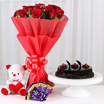 Sweet Combo For Sweetheart: Flowers N Chocolates