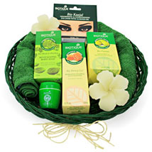 The Spa ed Experience: Cosmetics & Spa Hampers to Your Love
