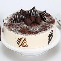 Tiramisu Cake: Send Wedding Cakes to Kolkata