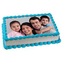 Yummy Vanilla Photo Cake: Photo Cakes