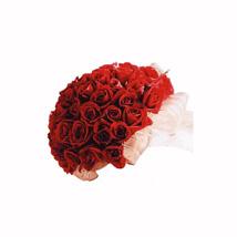 Scarlet Sensation: Send Flowers to Cebu