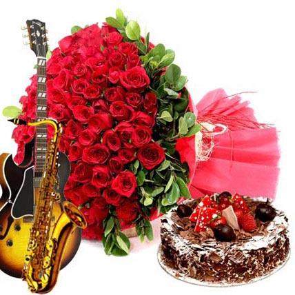 Red Roses N Black Forest Cake