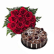 1 Dozen Roses with Cake: Flower Bouquets to UAE