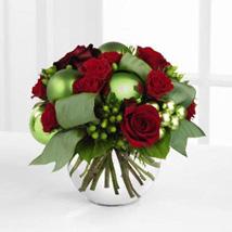 Bright Beauty Bouquet: Valentine Flower Bouquets to UAE