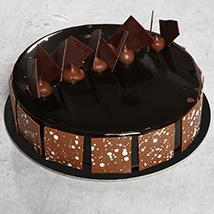 Fudge Cake: Send Cakes to Ras Al Khaimah